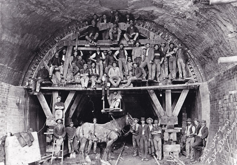 construction of tunnels at Zig Zag
