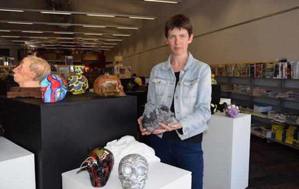 skull auction